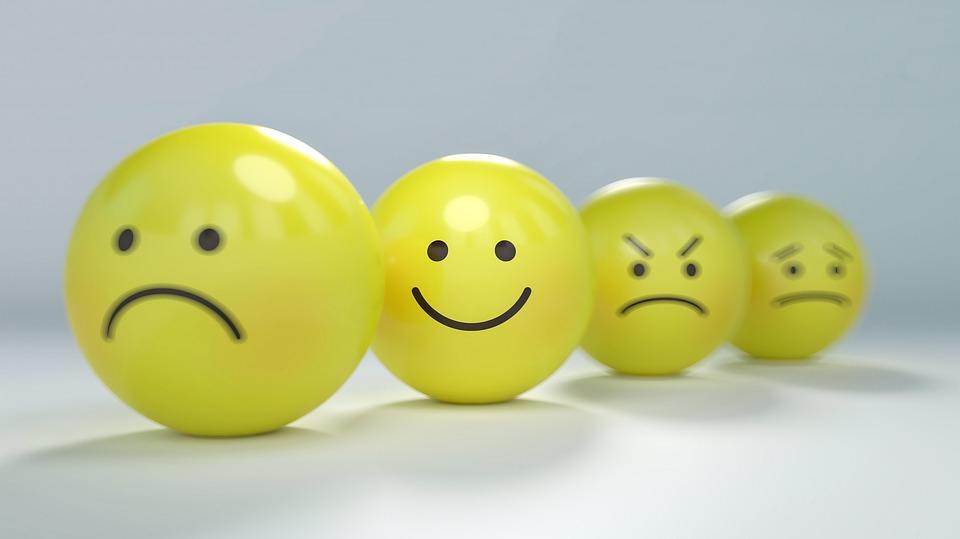 roudn yellow smiley faces