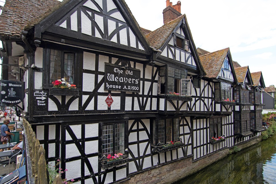 weaver's house in canterbury city, view from the bridge accross the river
