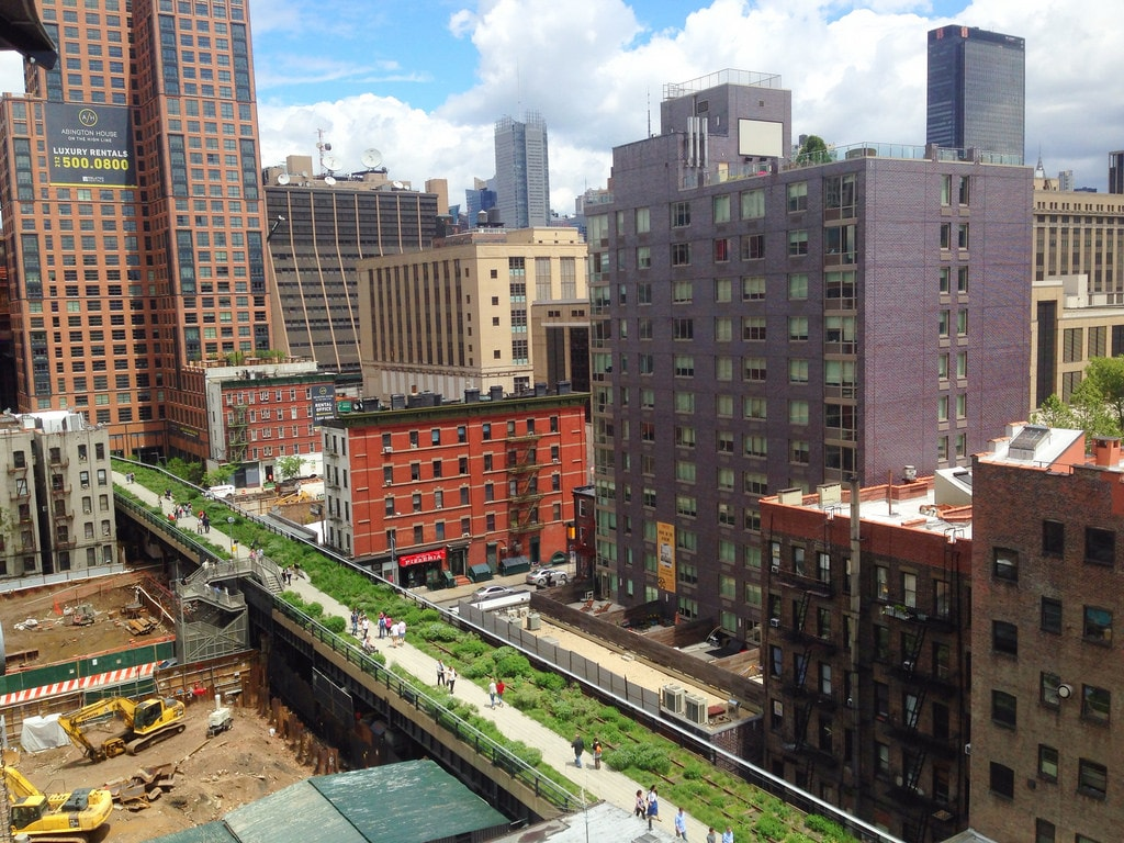 New York High-line Walk - an example of Biophilic Landscaping